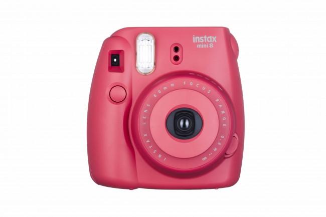 Bildunterschrift: Die instax mini 8 gibt es nun in leuchtenden Farben Foto: FUJIFILM Imaging Systems